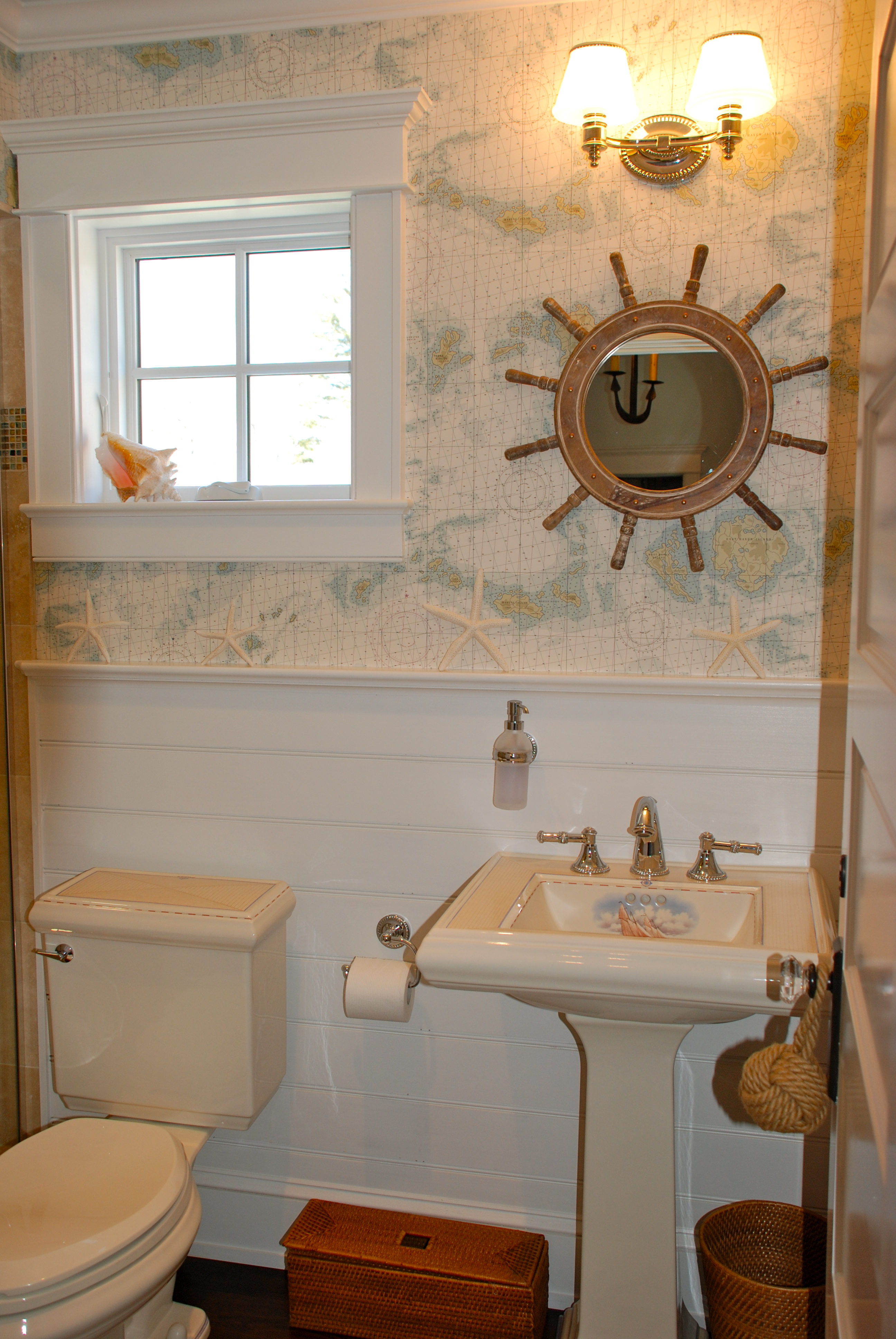 Ralph lauren saltwater living ralph lauren wallpapered powder room gumiabroncs Images